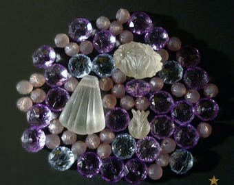 vintage resin 66 beads of various shapes, pink, purple, blue, white