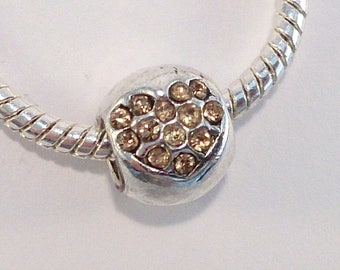 2 European beads in silver metal alloy and rhinestone gold heart (30F)