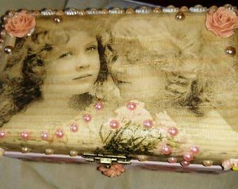 Reduced, Vintage style, Jewellery box, Keepsake Box, blush pink, peach, Victoriana, Romantic gift, Trinket box, Memory Box, Keepsake Box