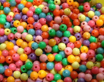 100 multicolored 6 mm synthetic pearls