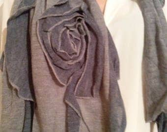 Cotton scarf and gray color acrylic