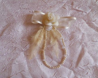"Ribbon ""wedding procession"" ivory flower bracelet"