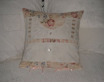 Shabby chic and romantic pillow / printed cotton and old