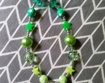 Childrens green diamond and stars chunky bubblegum bead necklace