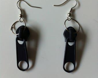 Black by Zips BAGART pierced earrings