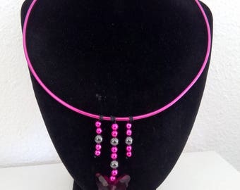 Black and fuchsia aluminum necklace