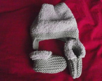 Set hat and booties 6 months hand knitted