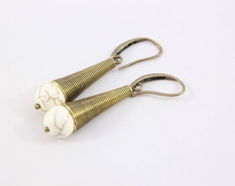 beautiful crackled white howlite and metal bronzed, 50 mm stone earring