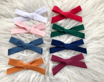 "School Girl ""Jane"" Bows, Hand Tied Hair Bows, Classic Hair bow, Bows for Girls, Hair Accessories"