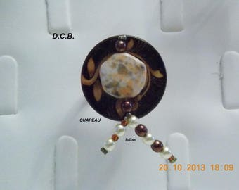 ADJUSTABLE BROWN BUTTON RING