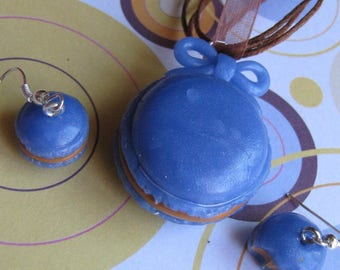 Set earrings and Necklace blue button