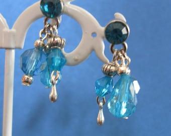 pendants earrings / blue beads and metal beads