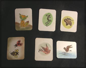 25 points in paper, white background and animals, birds, insects decor.