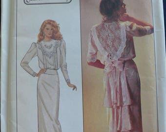 Women's Dress Pattern - Vintage Simplicity Pattern 8224 - size 12