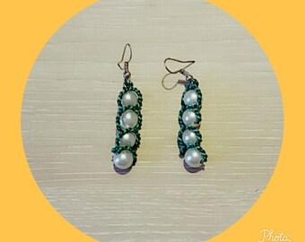 Earrings black green and white