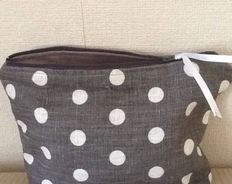 Makeup bag in gray and white linen