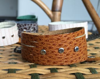 Bracelet leather grained camel cuff straps silver studs
