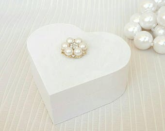 Wedding ring box white with pearls, Heart shaped ring holder, Wooden ring box,  Proposal ring box, Pearls ring holder, Ring bearer box