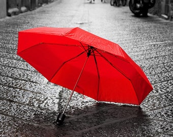 ORIGINAL design, durable and WASHABLE PLACEMAT - cities - red umbrella on the cobblestones - classic.