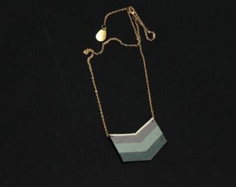 Necklace three Chevron gray and green leather