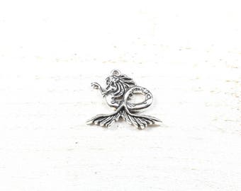 2 charms Mermaid toned silver 28 x 32mm