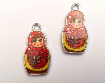 Set of 2 Russian doll matryoshka charms both sides (U48)
