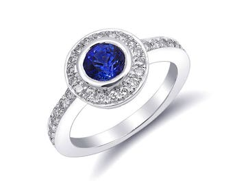 Natural Blue Sapphire 0.93 carats set in 14K White Gold Ring with 0.48 carats Diamonds