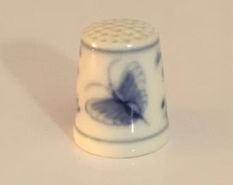 Collectible, ceramic fine bone china, Thimble. Blue and white floral. Made in Denmark.
