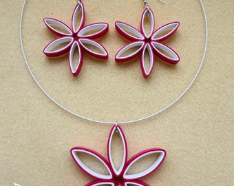 Quilling flower shaped geometric ornament