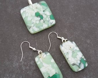 Green Speckled Necklace & Earring Set