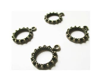 4 round medallions pendants chiseled dots embossed antique bronze