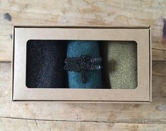 Tokyo socks and dragonfly pin gift box