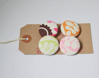 Set of four fabric covered buttons