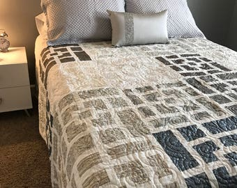 Hollywood Glam Queen Sized Quilt