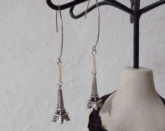 Eiffel Tower charm and bead earrings