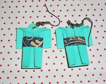 Pair of earrings turquoise kimono (origami earrings)