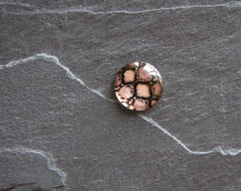 Pink glass cabochon 18 mm snake