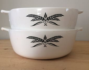 Anchor Hocking BLACK WHEAT CASSEROLE Set of Two (2) Baking Dishes 7 Inch Vintage Bakeware Kitchenware Cookware