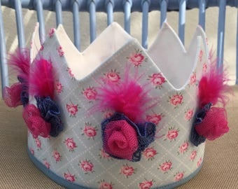 Fabric crown. Fabric Crown