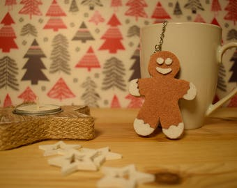 Infuse tea and herbal teas with gingerbread man