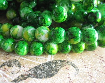 20 8mm yellow green marbled glass beads