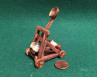Miniature Working Mediveal Catapult! Mediveal Weapons