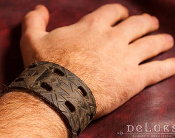 stainless steel rivetsLeather Bracelet , deluxe leather bracelet , 100% buffalo leather , soft leather , Biker , Surfer
