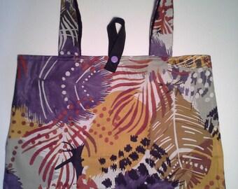 Foldable shopping/tote bag