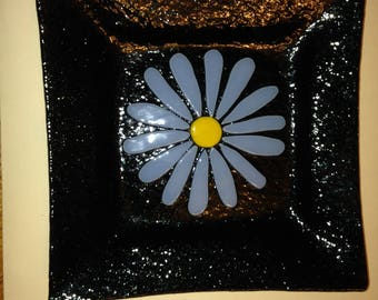 Daisy Plate - Fused
