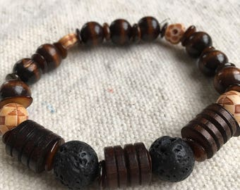 "Men's Essential Oil Wood Bead Bracelet ""XYZ"""