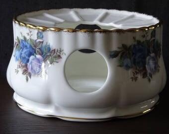 Royal Albert Moonlight Rose Teawarmer made in England Excellent