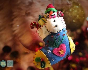 Christmas snowman in stocking Handcrafted felt Christmas tree decoration felt hanging ornament chic felt / primitive decor / Christmas stock
