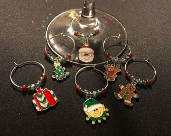 Christmas wine glass charms // red and green wine glass charms // Holiday wine glass charms
