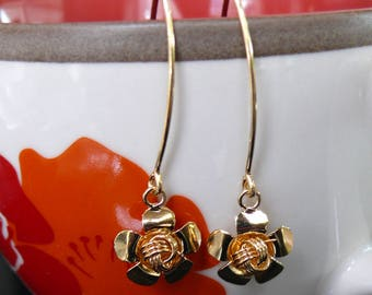 Handmade Silver Flowers Earrings, Flowers Jewelry, Silver 925, Christmas Gift, Sexy and Charm Earrings, Dangle Silver Earrings, ER-005